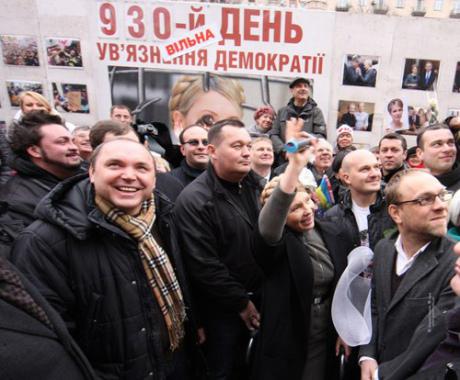 На Крещатике убрали палаточный городок в поддержку Тимошенко