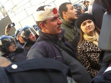 В Харькове федералисты атаковали местных евромайдановцев