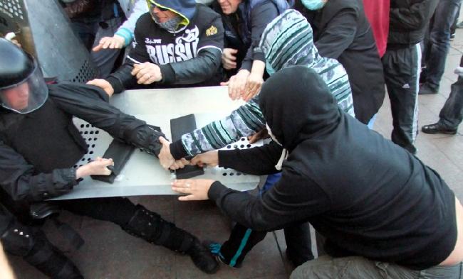 Люди Януковича платят сепаратистам по $500 - Порошенко