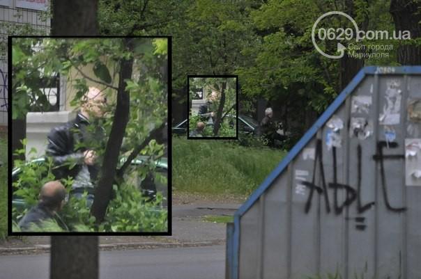 Многие «мирные» жители Мариуполя вчера были с оружием (ФОТО)