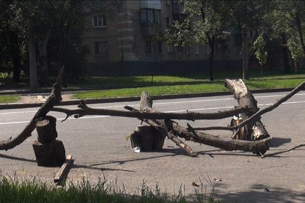 Адаптация к войне: Как живёт Донецк в ожидании штурма (ФОТО)
