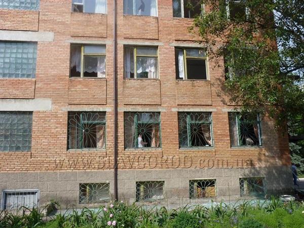 В Славянске террористы обстреляли детскую больницу (ВИДЕО)