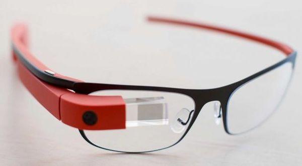 Google Glass с голосовым регулированием