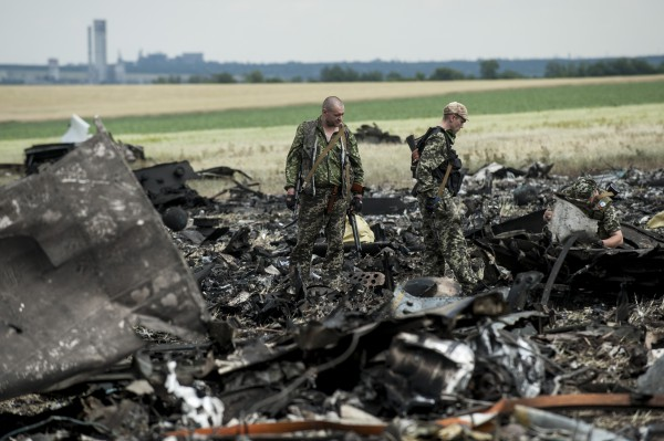 Перечень мертвых в сваленном самолете над Луганском