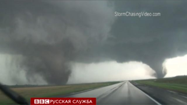Двойной торнадо уничтожил город в Соединенных Штатах (ВИДЕО)