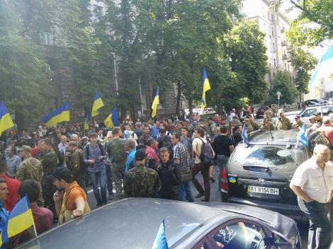 «Донбасс»: МФУ перечисляет дотации заводам сепаратистов