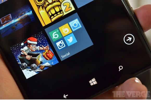 Виндоус Phone 8.1 обретет папки на бытовом дисплее