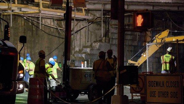 Бруклинский мост в Нью-Йорке рухнул: пострадали 5 человек