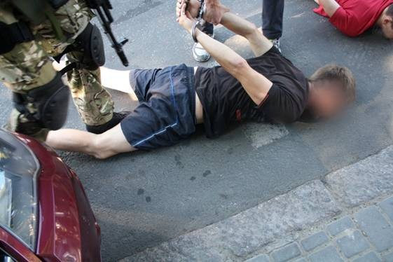 "ФОТО: В Одессе приостановили террориста ДНР ""Дозора"""