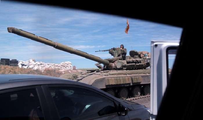 Колонны сепаратистов из Славянска двигаются в Донецк