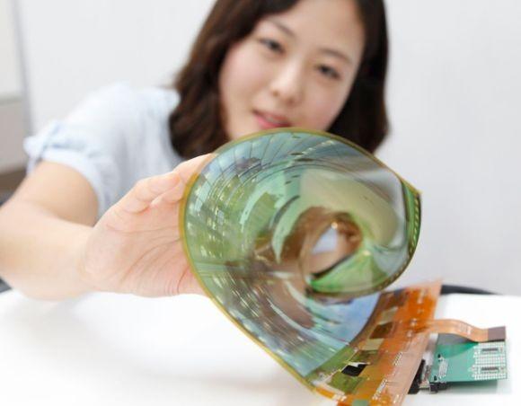 "ФОТО: Эластичная 18"" OLED-панель от «ЭлДжи» Display"