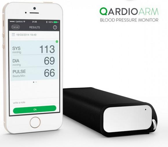 QardioArm: первый датчик давления без кабелей