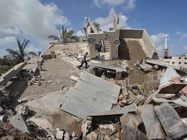Израильские истребители разбили дома лидеров ХАМАС