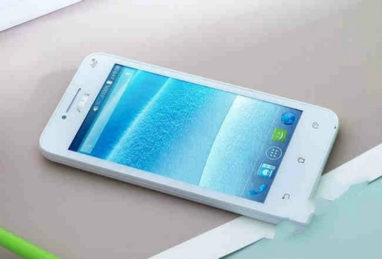 Объявили недорогой телефон ASUS T45 (ФОТО)
