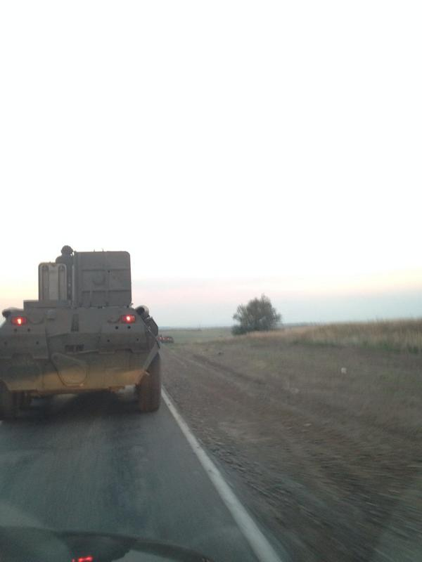 На глазах у корреспондентов боевая техника РФ пересекла границу