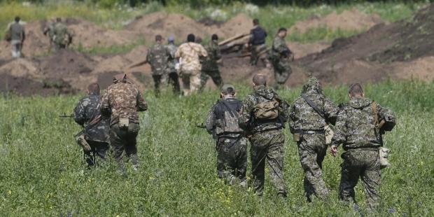 Пограничники РФ уничтожают бегающих из Украины боевиков (ВИДЕО)