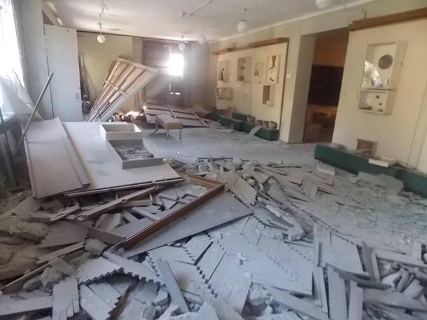 Сепаратисты обстреляли Донбасс Сцену