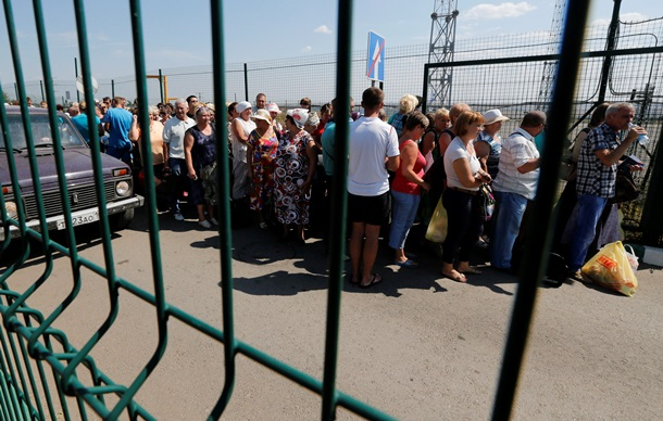 На Пипса Донецк сформировалась очередь желающих угодить на Украину