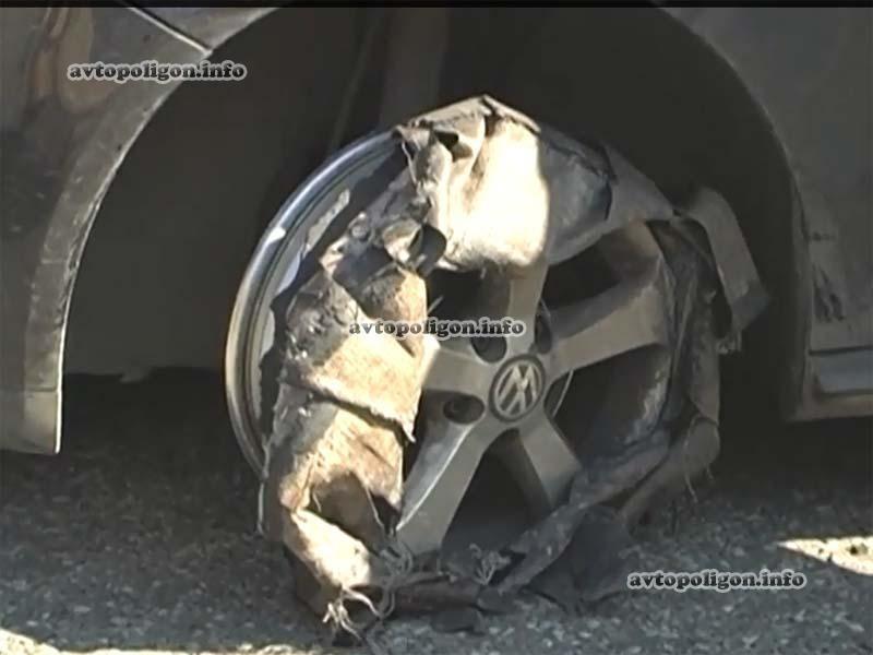 ВИДЕО: На Бориспольской автотрассе Фольксваген залетел в Мерседес