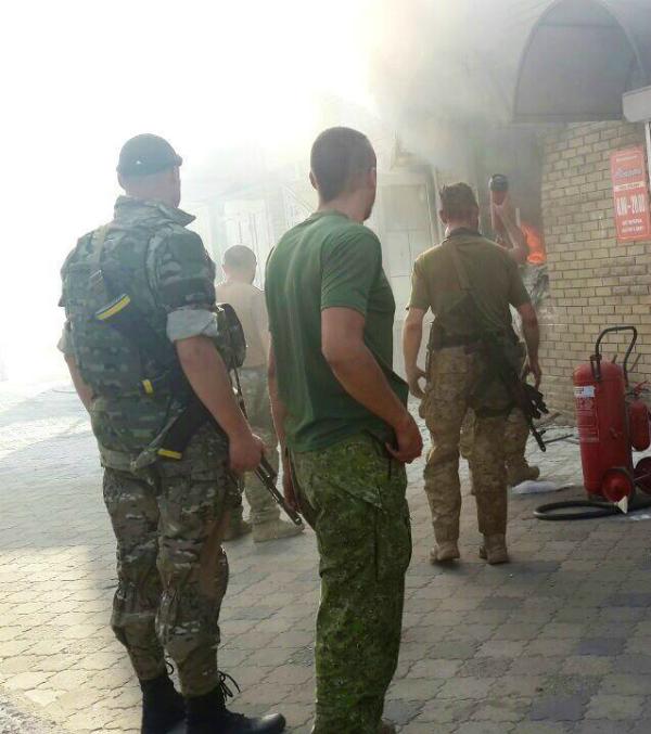 В центре Славянска прогремел взрыв, есть пострадавшие (ФОТО)