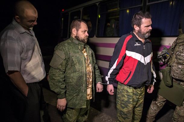 Из плена освобождены еще 73 военных (ФОТО, ВИДЕО)