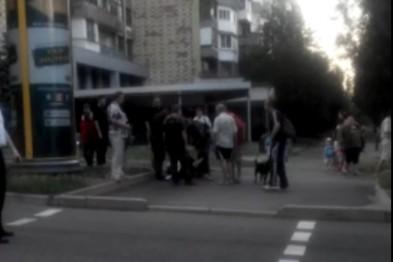 «Полиция» ДНР в действии: избиение прохожего прикладом