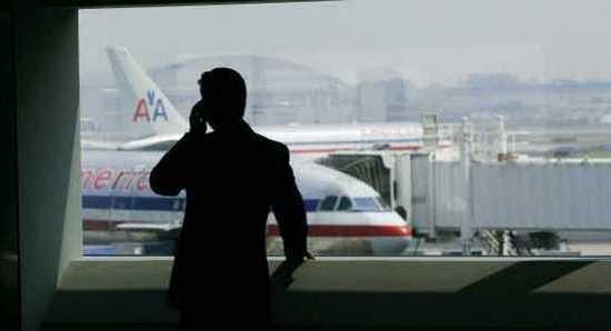 На европейских авиалиниях разрешены звонки в полете