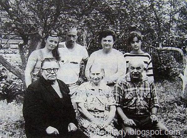 Архивные фото из семейного альбома Путина (ФОТО, ВИДЕО)
