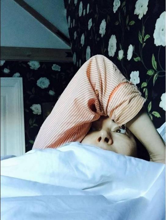 ФОТО: Новый флешмоб #wakeupcall: фотографии звезд в постели