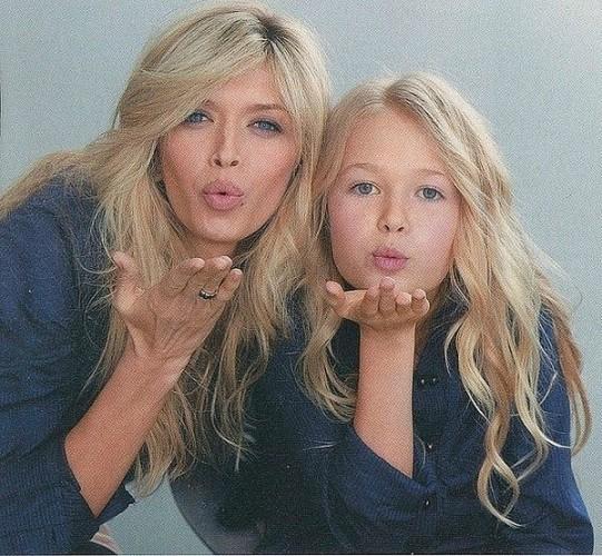 Дочери знаменитостей: Кто похож на своих звездных мам? ФОТО