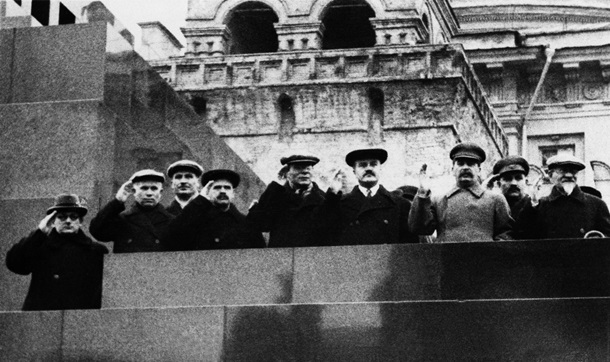 Как снимали Никиту Хрущева 50 лет назад?