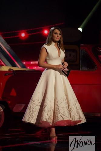 Х-фактора 5: Марченко в платье с глубочайшим декольте (ФОТО)