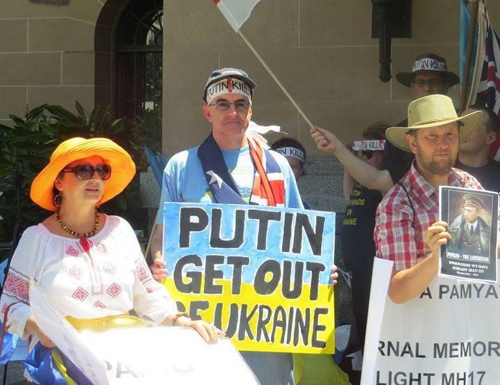 """Собрание в Австралии: """"Путин, убирайся вон из Украины""""  (ФОТО)"""