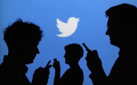 Твиттер будет следить за поставленными дополнениями