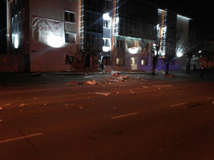 Ночной взрыв в Одессе в бизнес-центре (ФОТО)