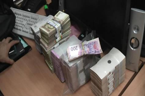 СБУ закрыла канал финансирования бандитов (ФОТО, ВИДЕО)