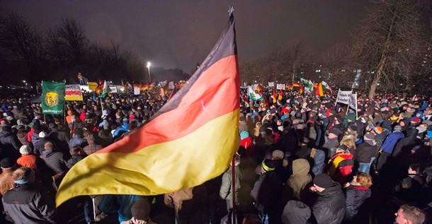 Германия охвачена акциями протеста против исламизации Европы