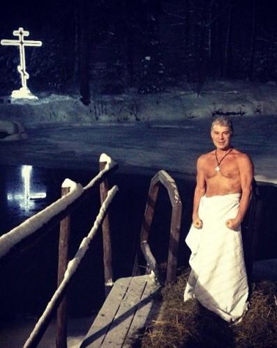 Звезды, которые любят купаться на Крещение (ФОТО)