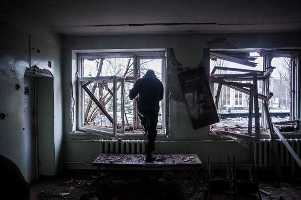 На трассе из Донецка огромная пробка: люди бегут от ДНР