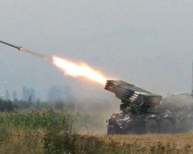 Луганчане требуют послать на войну детишек боевиков (ФОТО)