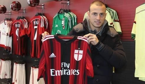 Лука Антонелли вновь в Милане
