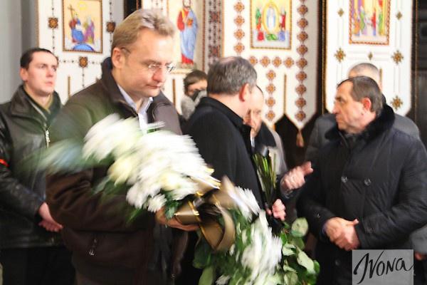 Во Львове простились с Кузьмой Скрябиным (ФОТО)