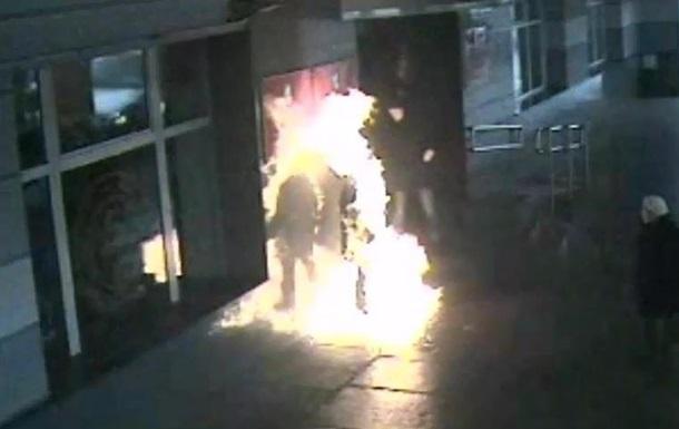 В России мужчина поджог себя на ступенях мэрии (ФОТО)