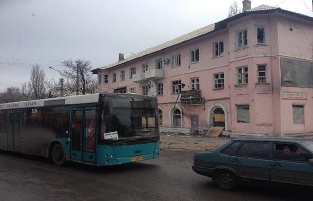 Обстреляли автобусы из Донецка, ехавшие для эвакуации людей