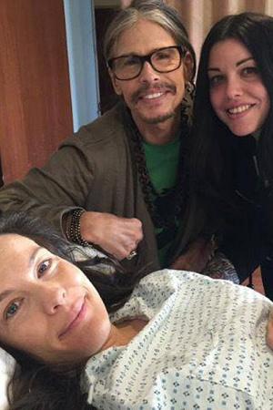 Новорожденный сын Лив Тайлер: первое фото