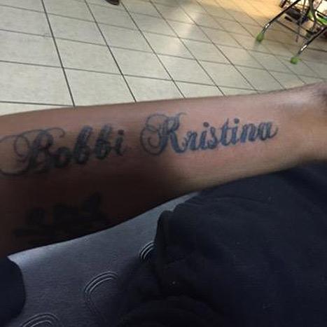 Ник Гордон сделал татуировку с именем гражданской жены