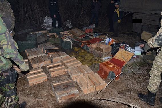 На Луганщине найден тайник с боеприпасами ЛНР