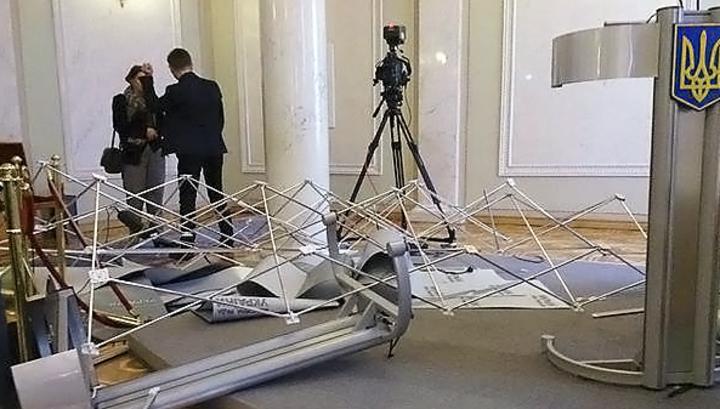 ВИДЕО: Драка Ляшко с Мельничуком 3 марта в Раде