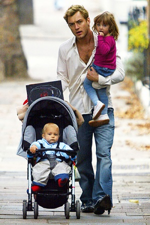 Джуд Лоу стал отцом в пятый раз