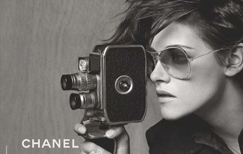 Кристен Стюарт в новой фотосессии Chanel